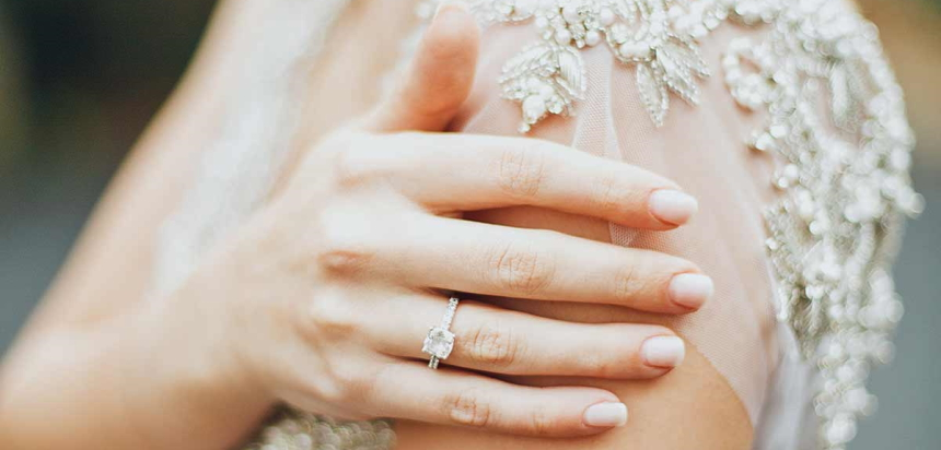 nail-colors-for-brides